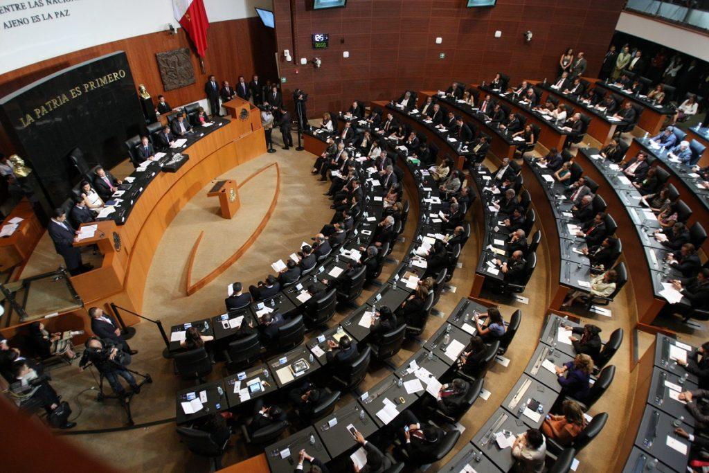 SENADORES CHOCAN POR CONVOCATORIA DE FISCAL ELECTORAL