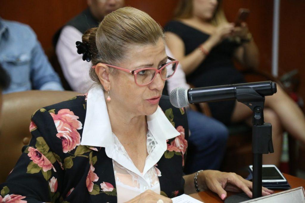 APRUEBAN JUICIO POLÍTICO CONTRA MAGISTRADO ALBERTO BARBA
