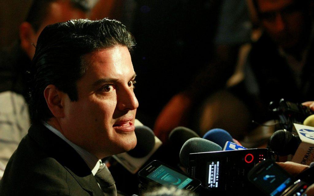 ARISTÓTELES SOSTIENE EL ZAPOTILLO A 105 METROS PESE A ENCARGOS DE ALFARO