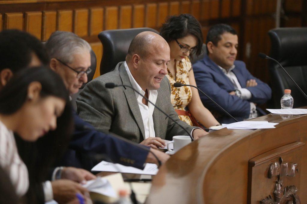 APRUEBA GDL REFORMAS EN HORARIO DE VENTA DE BEBIDAS ALCOHÓLICAS Y CIERRE DE BARES