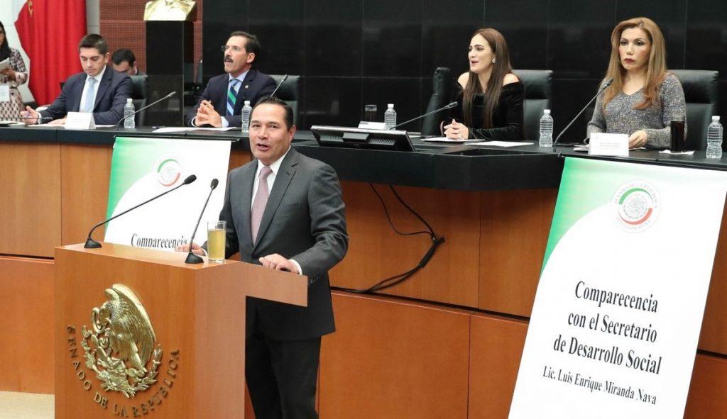 ENTRE RECLAMOS LUIS MIRANDA COMPARECE EN EL SENADO