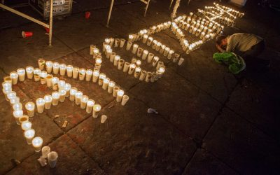 PADRES DE LOS 43 EXIGEN ENJUICIAR A MURILLO KARAM Y ZERÓN DE LUCIO