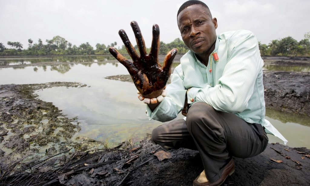 Local Nigerian farmers take Shell to court in a landmark polllution case