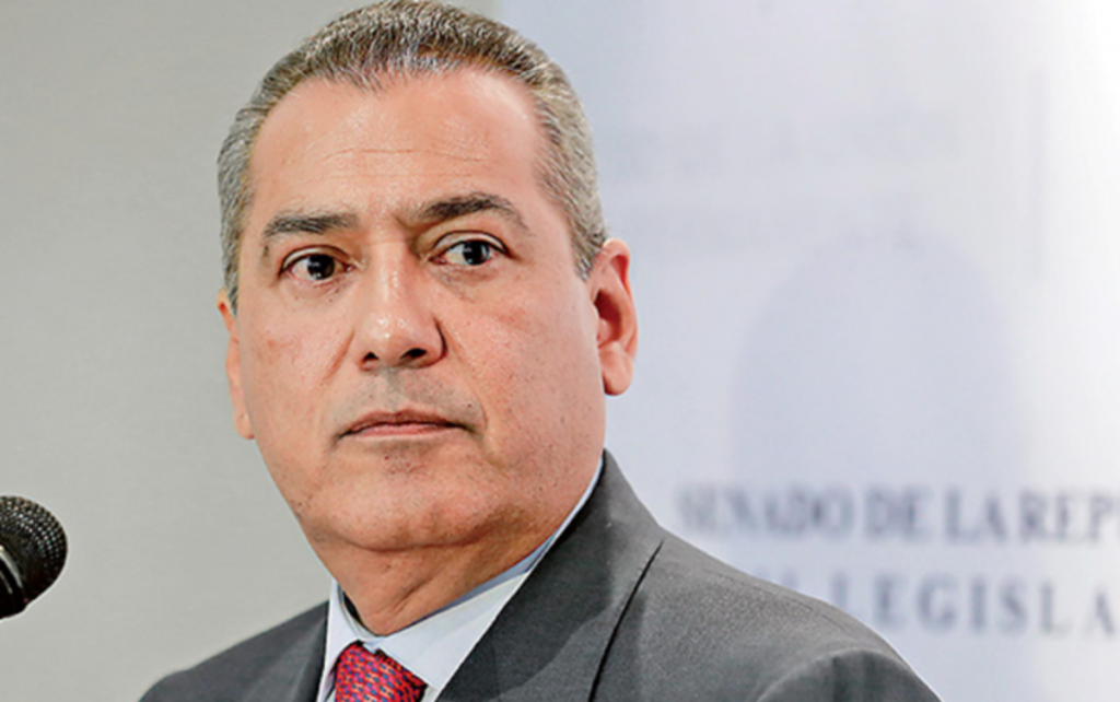 BELTRONES SE AMPARA CONTRA INTENTO DE DETENCIÓN POR EL CASO CHIHUAHUA