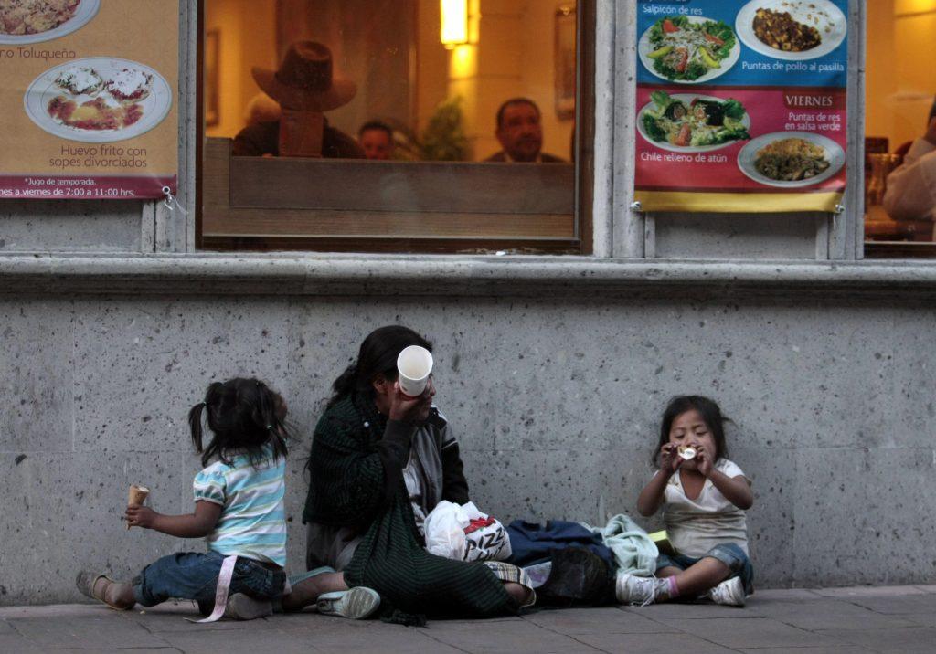HAY 28 MILLONES DE MEXICANOS EN POBREZA ALIMENTARIA