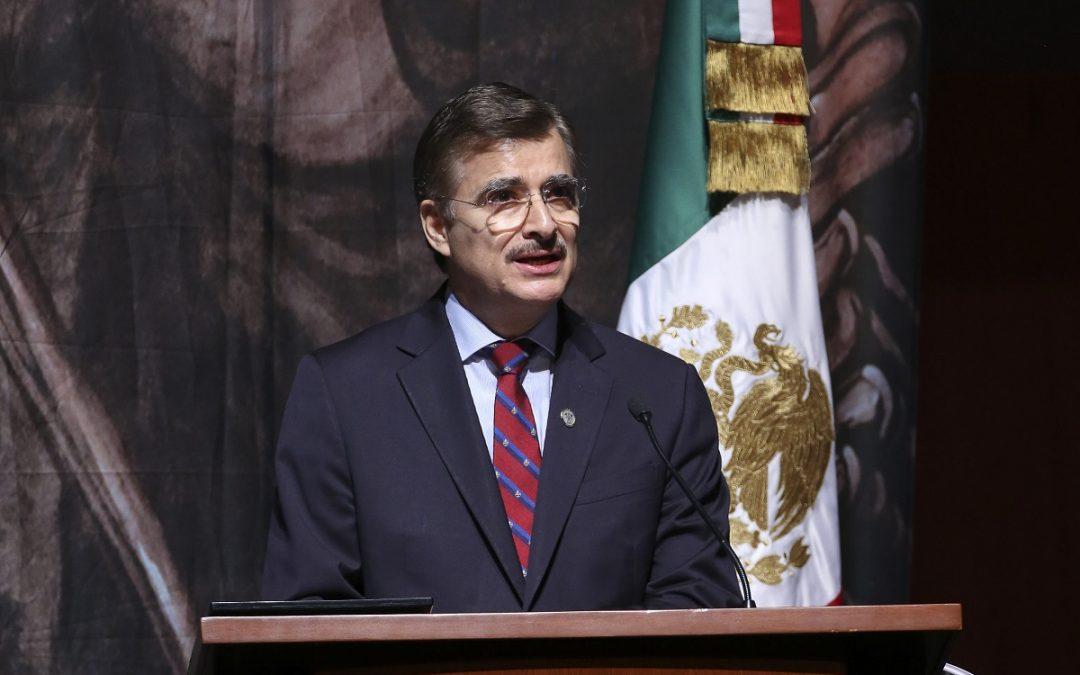TONATIUH DESTACA INCREMENTO DE MATRÍCULA EN QUINTO INFORME  COMO RECTOR