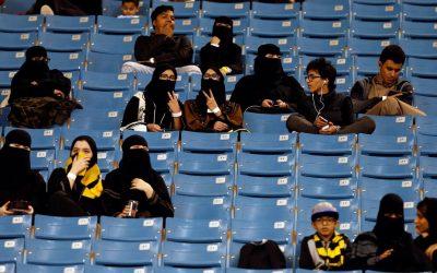 AL PROHIBIRLES QUE VEAN EL FÚTBOL, FIFA ESTÁ FALLANDO A MUJERES IRANÍES