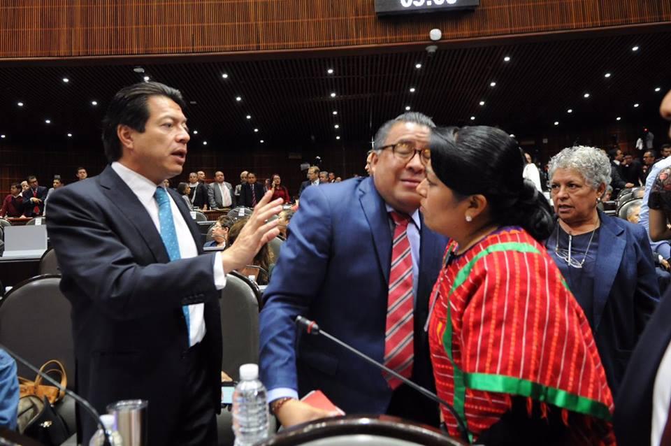 APRUEBAN LEY FEDERAL DE REMUNERACIONES, NADIE PODRÄ GANAR MÁS QUE EL PRESIDENTE