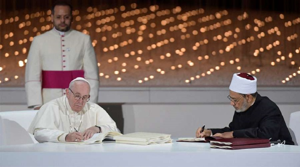 CATÓLICOS Y MUSULMANES RECHAZAN LA VIOLENCIA EN NOMBRE DE DIOS