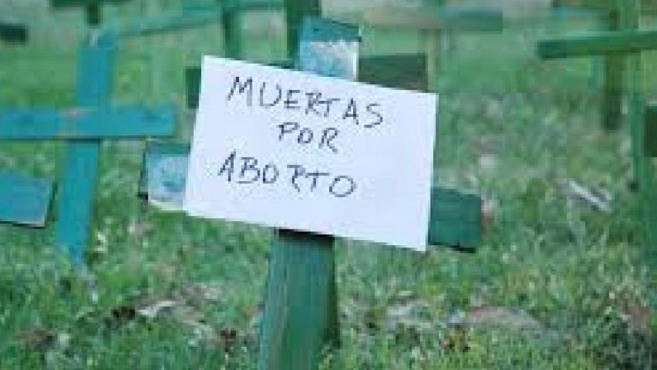 12% DE LA MUERTE DE MUJERES SE DEBEN A UN ABORTO INSEGURO