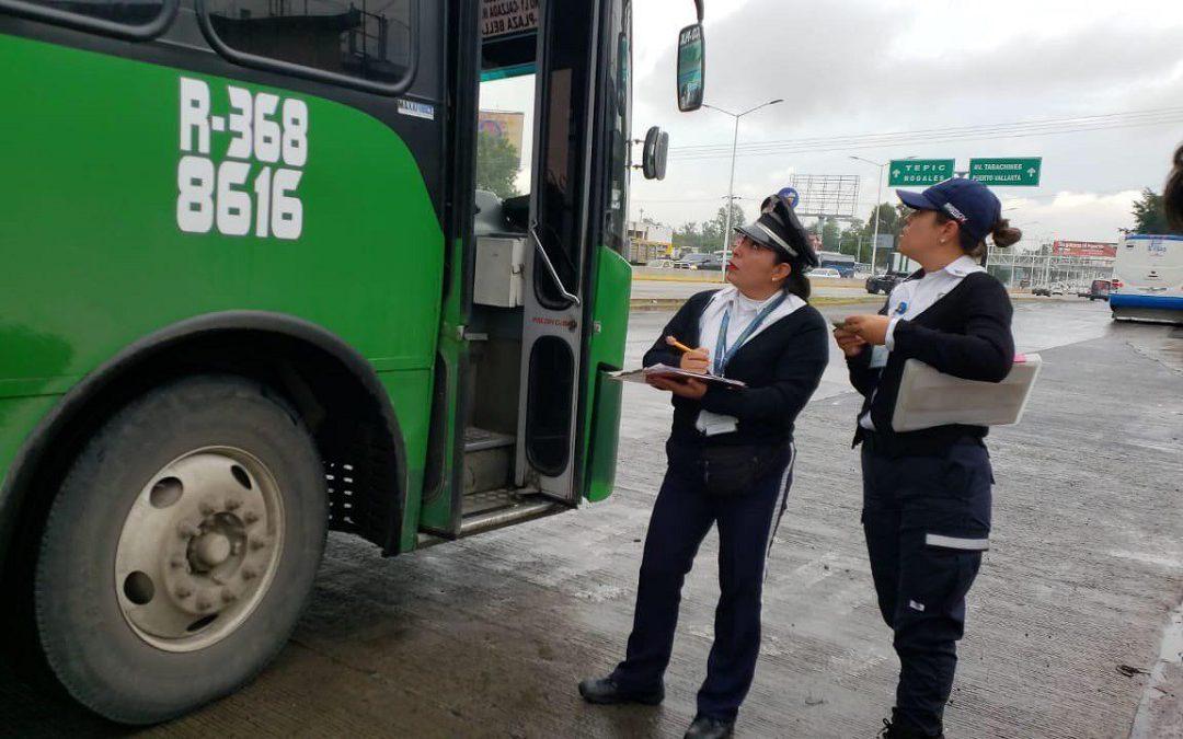 SECRETARÍA DEL TRANSPORTE SUPERVISA QUE RUTAS BAJEN TARIFA