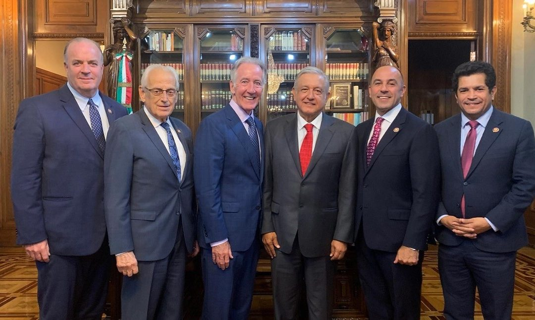 AMLO SOLICITA A CONGRESISTAS ESTADOUNIDENSES APROBAR EL T-MEC