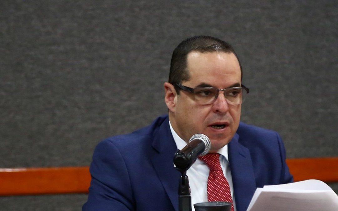 REFORMA ELECTORAL DE JALISCO ES UNA TRAMPA: ENRIQUE VELÁZQUEZ