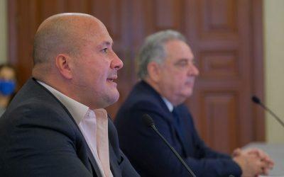 ALFARO ENSALZA A MACEDONIO TAMEZ Y LO DESTITUYE DE COORDINACIÓN DE SEGURIDAD