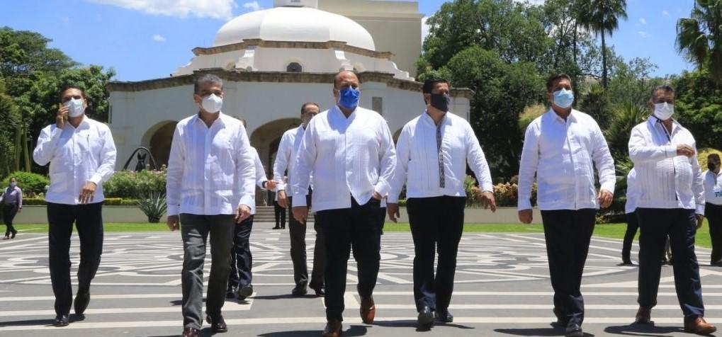 GOBERNADORES DISIDENTES EXIGEN A AMLO RENUNCIA DE LÓPEZ-GATELL