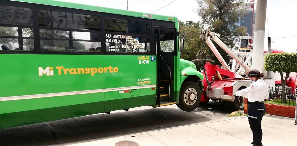 POR NO USAR CUBREBOCAS JALISCO RETIRAN UNIDADES DE TRANSPORTE PÚBLICO