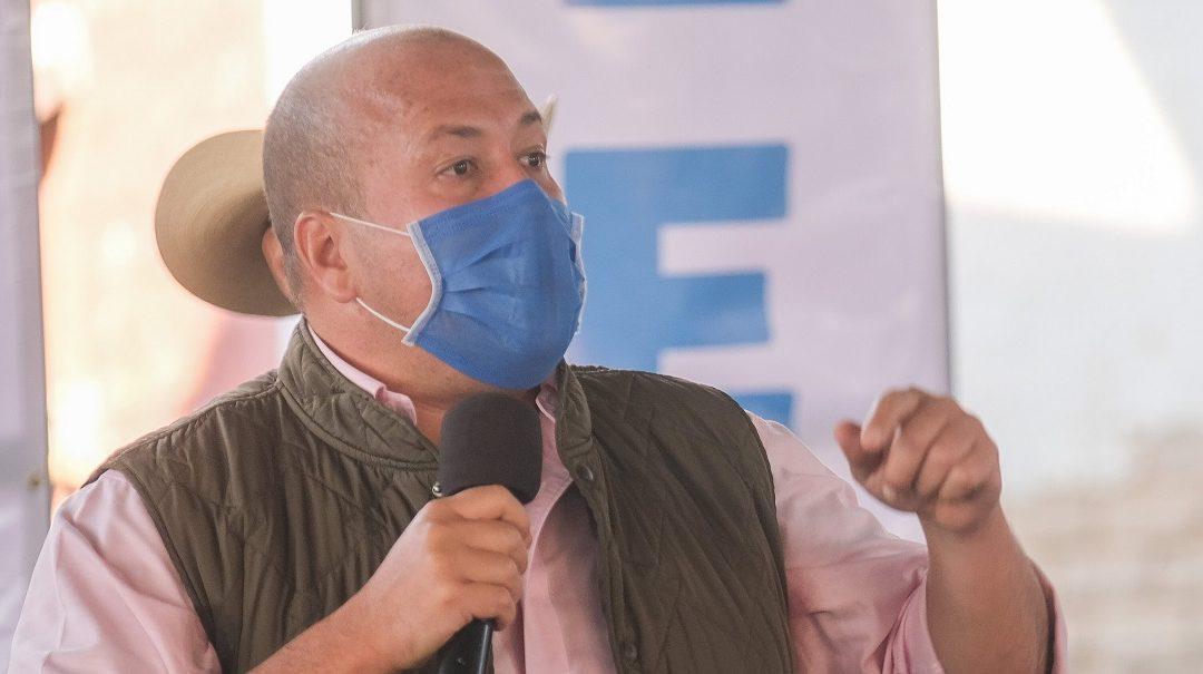 ALFARO A AMLO: REUNIRSE CON GOBERNADORES NO LO HACE MENOS PRESIDENTE