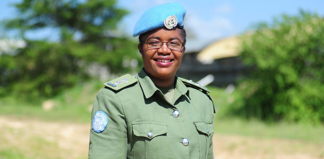 DOREEN MALAMBO GANADORA DE PREMIO A LA MUJER POLICÍA DE LA ONU