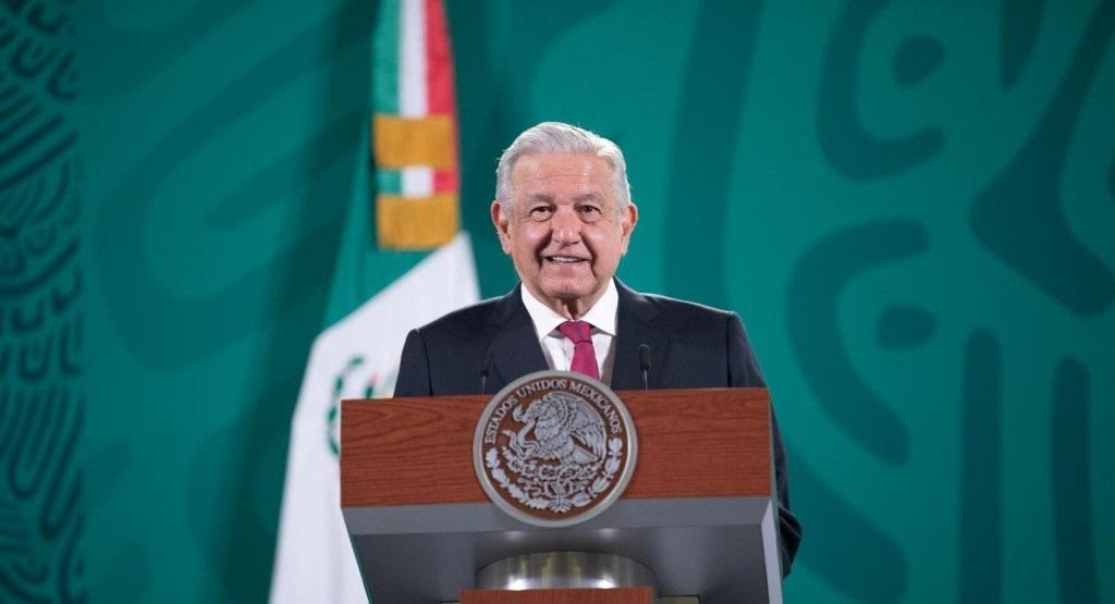 AMLO SOBRE INAI: NOS INVESTIGAN PORQUE ESTÁN AL SERVICIO DE CLAUDIO X. GONZÁLEZ