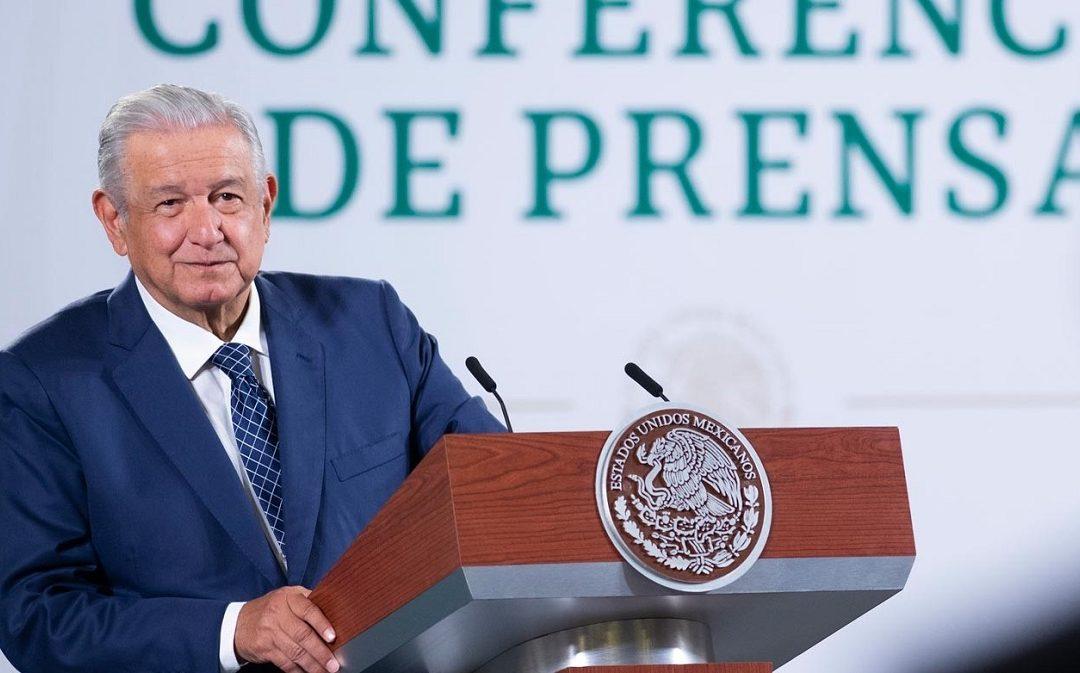 AMLO A CLAUDIO X. GONZÁLEZ: ¿EN QUÉ HEMOS LASTIMADO A MÉXICO?